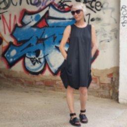 verano 2021 tienda online guadalupe loves curling vestido kiruna negro modelo.jpg